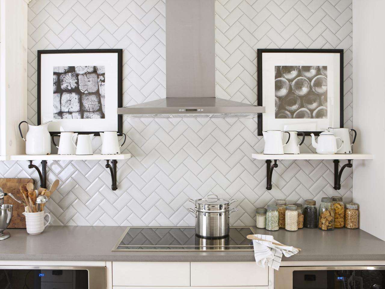 Key Ways To Grace Your Kitchen Wall Tiles Design !
